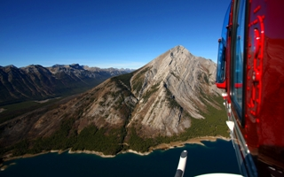 Canmore – okružní let helikoptérou