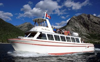Waterton Lakes Cruise